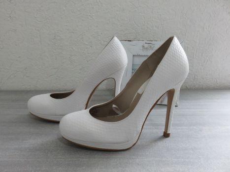 ACEPTO CAMBIOS Zapatillas plataforma blancos Zara