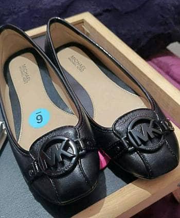 Zapatos negros MK