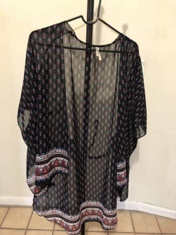 Kimono estampado semi transparente