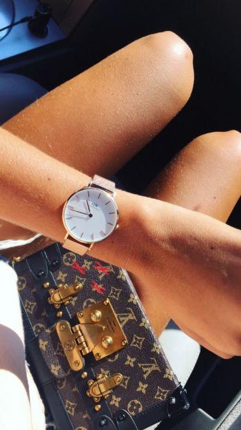 Reloj Classic Petite Gold