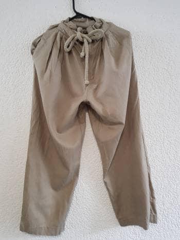 Pantalones con jareta