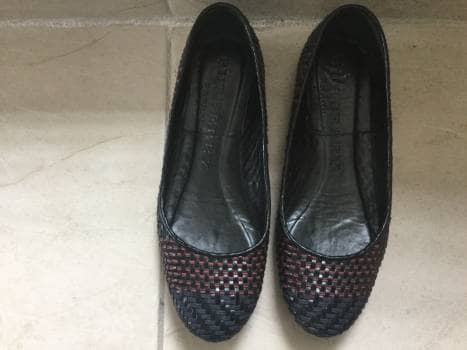 Flats Burberry negro