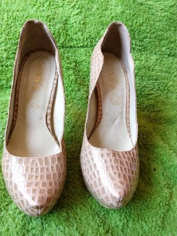 Zapatillas plataforma beige