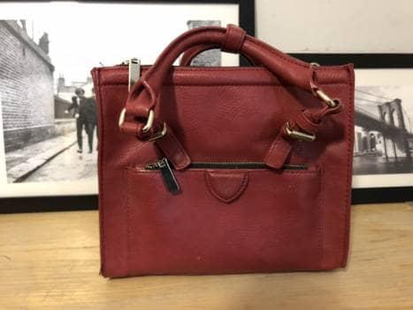 Bolso rojo Zara