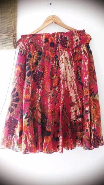 Hermoso falda colorida indu,tela fresca.