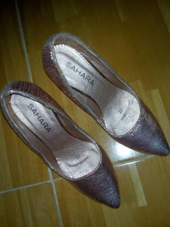 Zapatillas rose gold lentejuelas