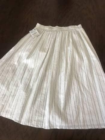 Hermosa falda Zara Midi tipo lino nueva
