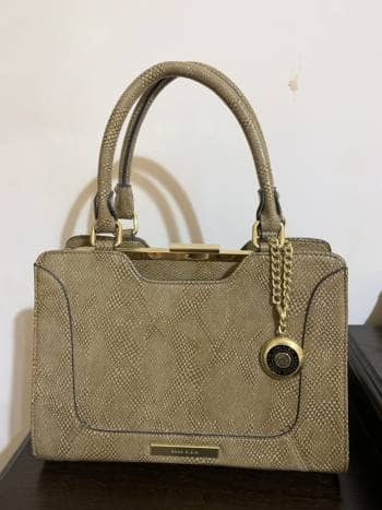 Bolsa Beige con textura