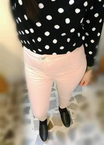 Pantalón rosa claro bershka