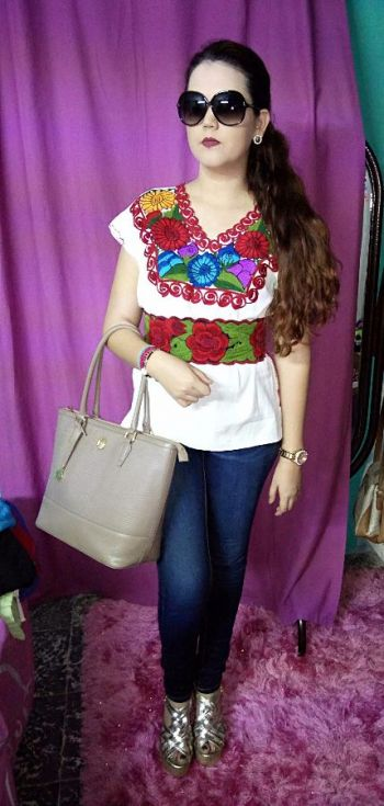 1cde67d54f Blusa Bordada moda mexicana - GoTrendier - 127107