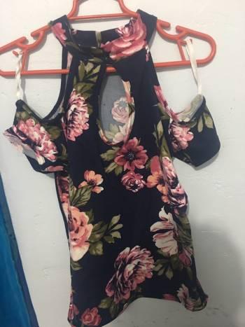 3x150 blusa floreada