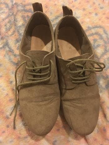Zapatos oxford beige