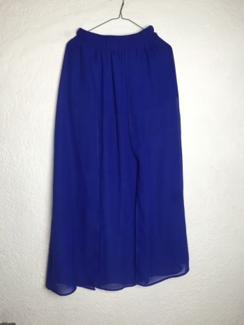 Maxi falda con transparencia
