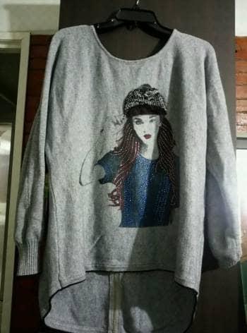 Suéter semi largo
