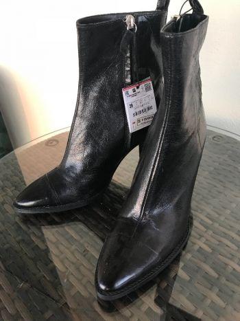Botas altas piel negro