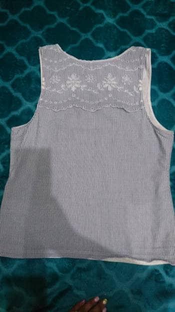 Blusa tira bordada Hollister - GoTrendier - 604338 88e0e2d0b54f1