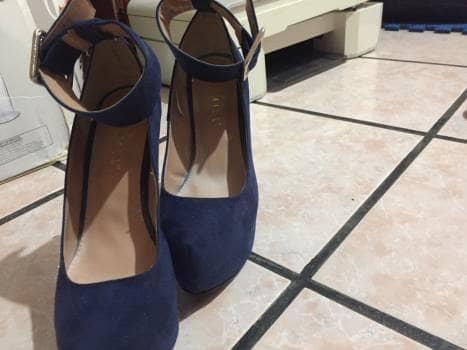 Zapatos de terciopelo azul