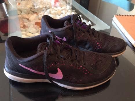 Tenis Nike Flex + REGALO!