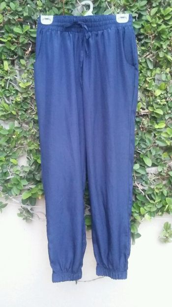 2 pantalones por $ 200