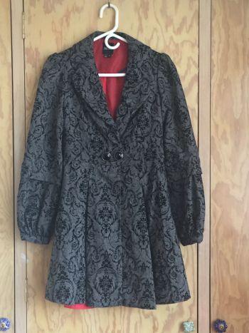 Abrigo victoriano de lana