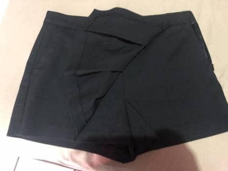 Short falda negro