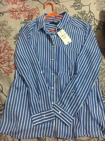 Blusa azul a rayas Sfera Talla M