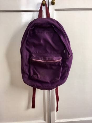 Backpack morada de nylon importada